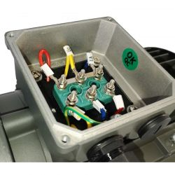 Moteur électrique 0.75KW Triphasé 230/400V - 910Tr/min, Fixation à bride B14