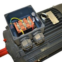 Moteur électrique triphasé 22 Kw - 3000 Tr/min - pattes B3 - 400/690V - IE3